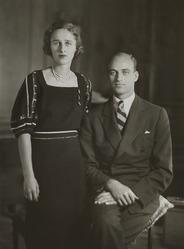 Betsey Cushing & James Roosevelt