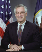 Richard Danzig 2