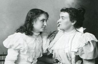 Anne Sullivan & Helen 1