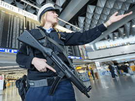 Anis Amir German Police in Frankfurt Air Port