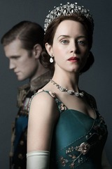 Claire Foy as Queen Elizabeth 001