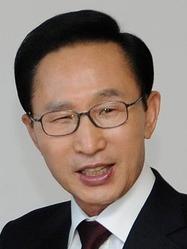 Lee Myung-bak 01