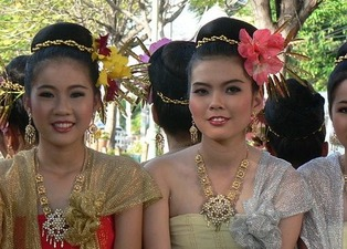 Thai women 22
