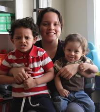 Hispanic single mother 2