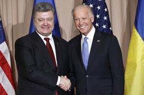 Biden & Porosenko 001