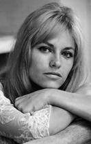Nathalie Delon 82