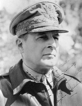 Douglas MacArthur 1