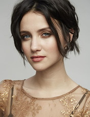 Julia Goldani Telles 2