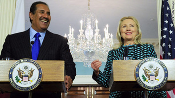Hillary in Qatar 1