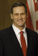 Mike Signer 1