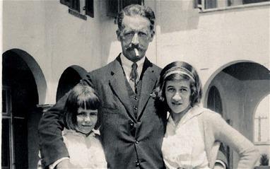 Diana Vreeland & father Frederick Dalziel