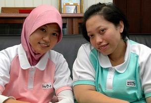 インドネシアの介護師たち