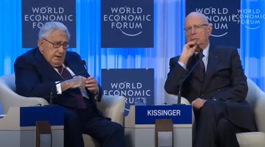 Klaus Schwab & Henry Kissinger 221