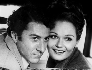Dustin Hoffman as Lenny with Valerie