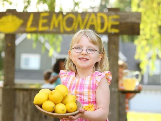 lemonade-girl 1