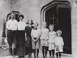 Frederick Pabst & Ida Uihlein & children