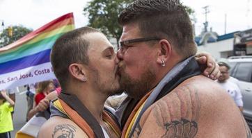 gay couple 2