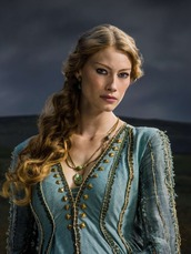 Vikings Queen Aslaug 2