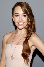 Holly Taylor 2