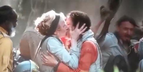 Star Wars gay kiss