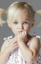 white little girl 00231