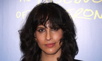 Desiree Akhavan 4