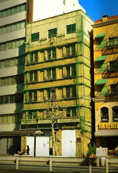 東京都中央区築地2-15-13_華僑ビル (1)