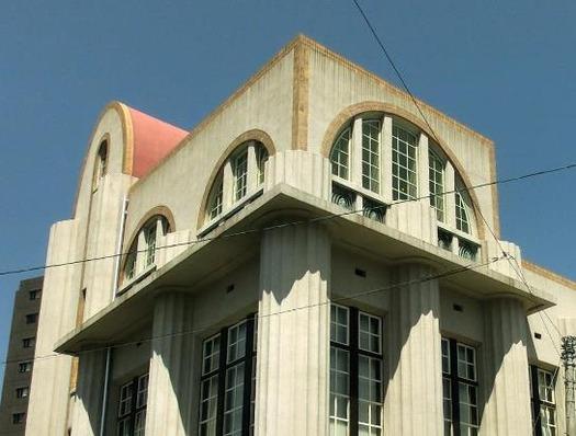 旧逓信省下関電信局電話課庁舎 (2)