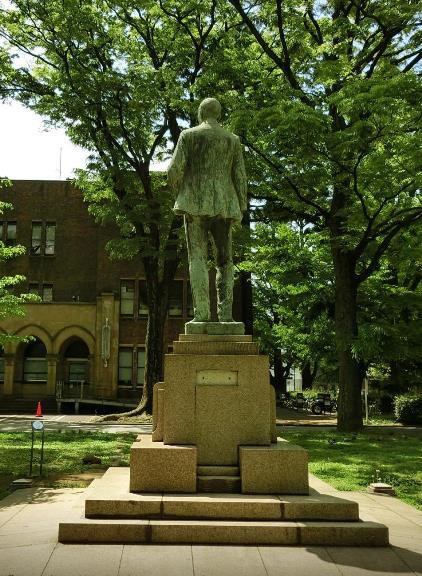 ジョサイア・コンドル博士像 (1)