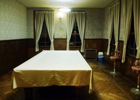 ビリヤード室 (1)