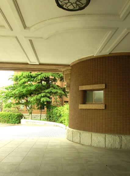 九州大学箱崎キャンパス_旧工学部本館_エントランス (4)