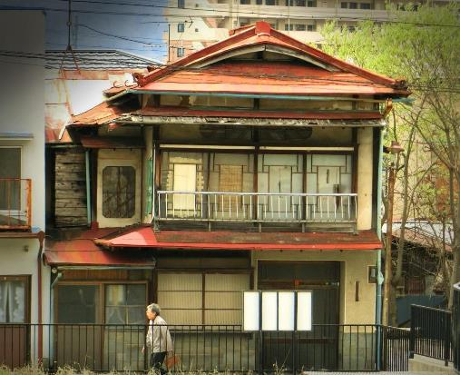 諏訪の赤い屋根 (4)
