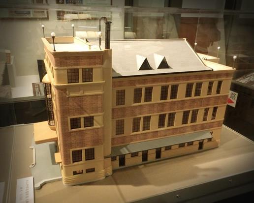 旧上伊那図書館の模型 (3)