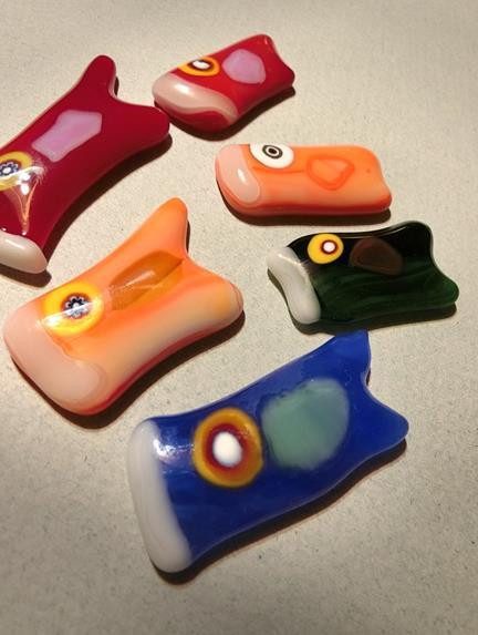 花園商店_ガラスの鯉のぼりブローチ (2)