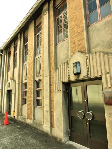 川口教会向かいのビル (2)
