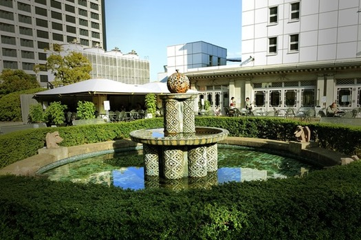 日本橋高島屋_屋上 _小森忍の噴水塔 (3)