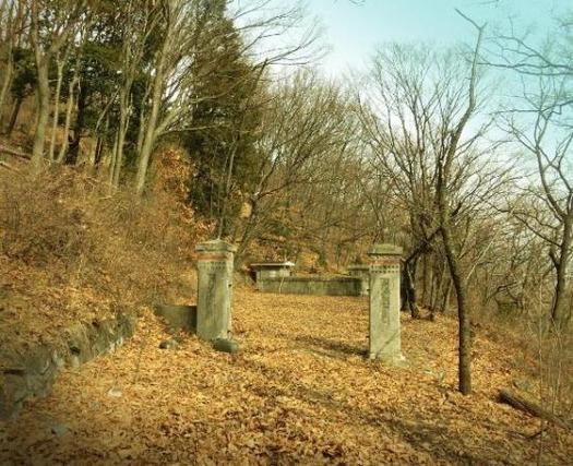 塩尻浄水道座摩浄水池 (2)