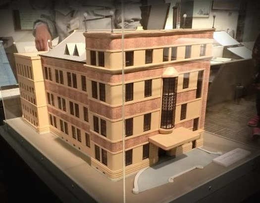 旧上伊那図書館の模型 (2)