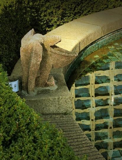 日本橋高島屋_屋上 _小森忍の噴水塔 (4)