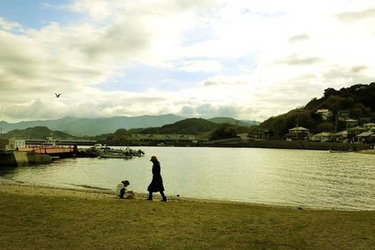 長崎市伊王島町_馬込教会_入り江 (1)