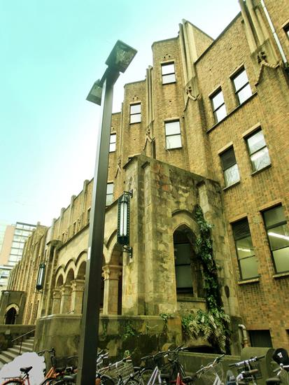 東京大学本郷キャンパス_教育学部総合図書館 (5)