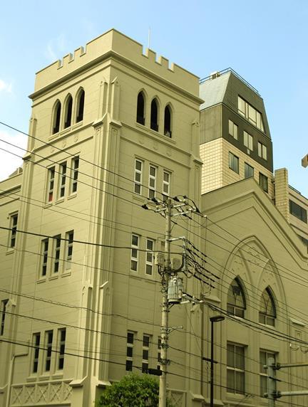 東京都文京区本郷3-37-9_日本基督教団本郷中央教会 _中央会堂 (1)