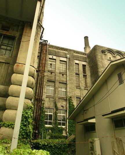 九州大学箱崎キャンパス_旧法文学部本館 (2)