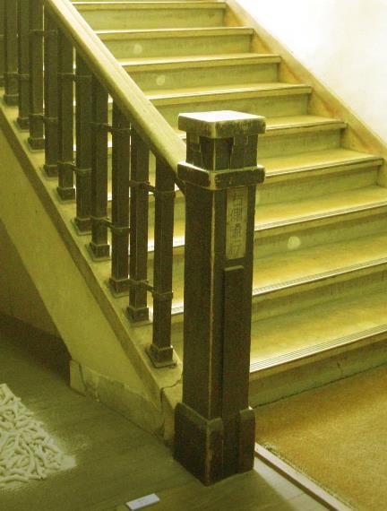 中京区備前島町_立誠小学校_階段と廊下 (6)