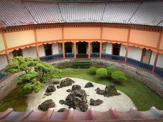 旧済生館病院本館  (1)