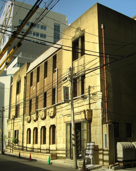 大阪市中央区伏見町3-3-3_芝川ビル (5)