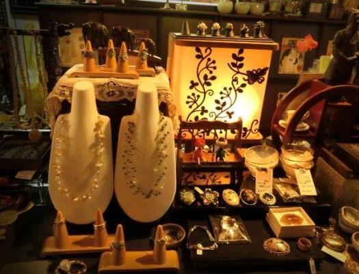 信州上田市花園商店201703_ネックレスや指輪 (2)