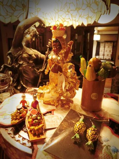 リオのカーニバル人形 (1)