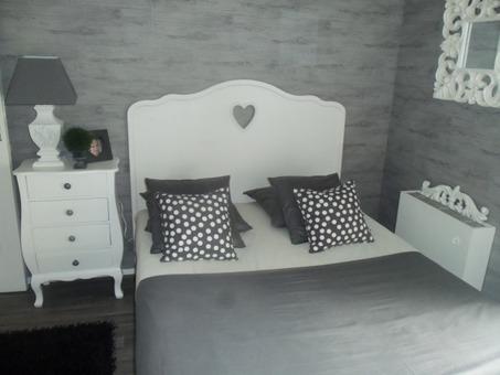 Chambre-ado-Blanc-Gris-Romantique-201307151111225m