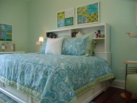 alaina bedding